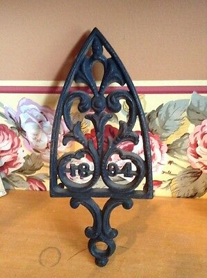 Antique Wilton 1884 cast iron trivet Iron stand