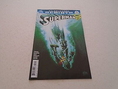 Superman 11 VARIANT EDITION (DC Comics) Jan 2017 DC UNIVERSE REBIRTH