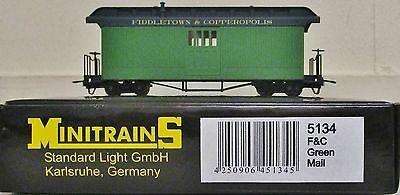 Minitrains 5134 - Fiddletown & Copperopolis Coach Green.(009/HOe Narrow Gauge)