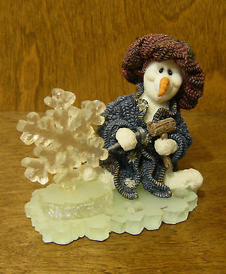 """Boyds Wee Folkstone Snow Dooode(s) #36504 Flakey...Ice Sculptor, NEW/Box 3.75"""""""