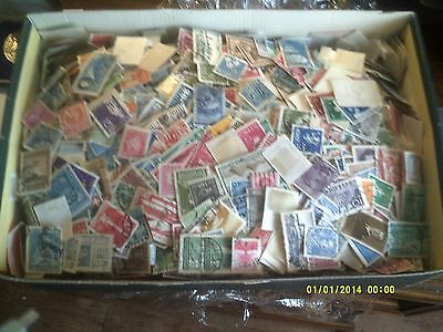 World mix of stamps1.3Kg (1384 grams exactly)  USED stamps. SEE PICTURES