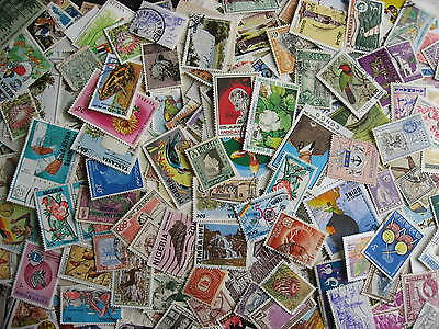 AFRICA about 1000 interesting mostly postally used mixture(duplicates,mixed cond