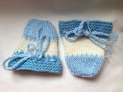BABY SCRATCH MITTS Knitted NEWBORN Blue & Cream STRIPE Mittens New baby gift