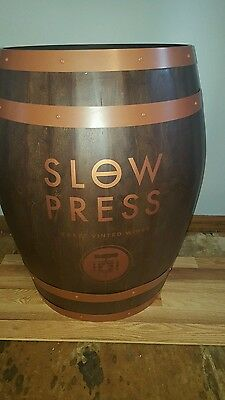 (L@@k)  Slow Press Craft Wine Giant Wooden Beer Liquor Barrel Winery Pub New