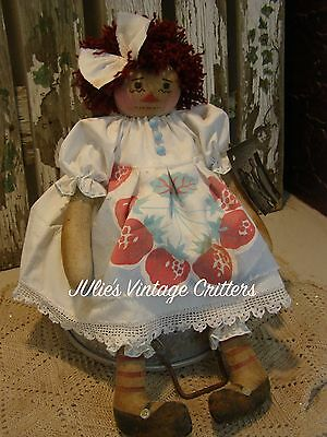 Primitive Raggedy Ann Doll, Old Photo, Old Linen / Lace, Folk Art Raggedy Annie