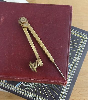 Vintage Helix Brass Pencil Circle Drawing Compass Made in England (A)