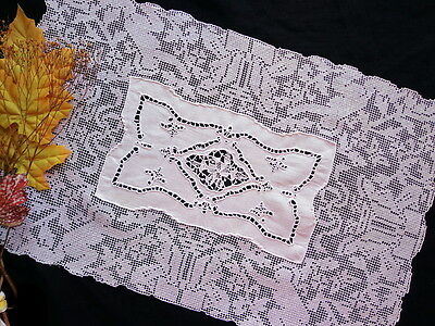 Antique Handmade FIGURAL LACE Runner /Mat Hand-Embroidery and Venice Needle Lace