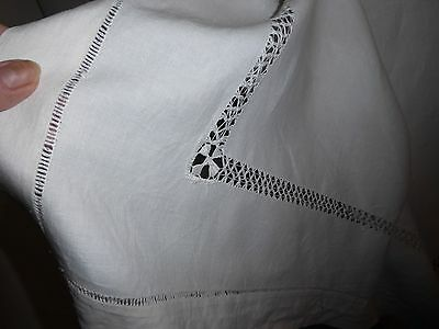 Vintage linen drawn thread table cloth white - pretty pattern