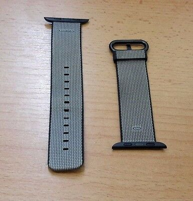 Official Apple Watch 42mm Black Woven Nylon - RRP £49.00  *good condition*