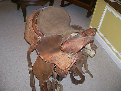 Western  Hereford  TexTan of Yokum saddle nice tooling as found