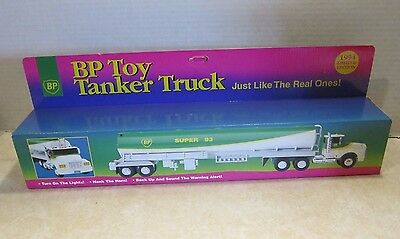 1994 Limited Edition BP Toy Tanker Truck Battery Op w/ Lights & Sounds C4