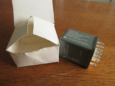 DAYTON RELAY 4PDT 24VAC Hermetic 14-pin ice cube  #1EHV3 (AE-87)