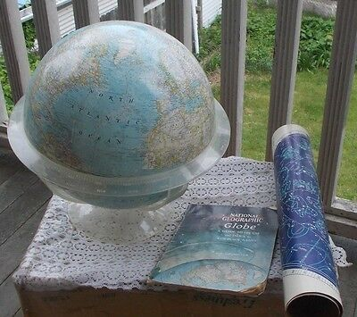 """Vintage National Geographic World Globe & Manual Chart 1961 Acrylic Stand 12"""" NR"""