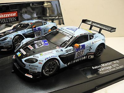 Carrera Evolution 27447 Aston Martin V12 Vantage GT3 Young Driver No. 007 NEU