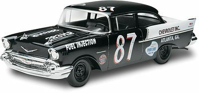 1957 Chevy Black Widow 2n1 1/25 scale skill 5 Revell model kit#4441