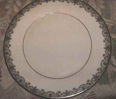 "ROYAL DOULTON FLOWERLACE - Large - DINNER PLATE 10.5"" - H.5013 Bone China"