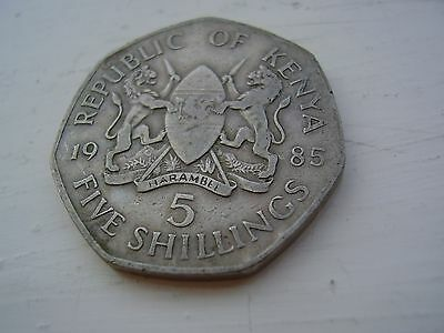 Kenya 5 Shillings Coin $2.99 Post Free From England  Good Detail Large Coin