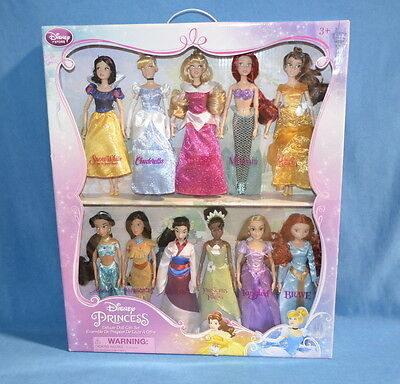 Disney Princess Deluxe Doll Gift Set MINT