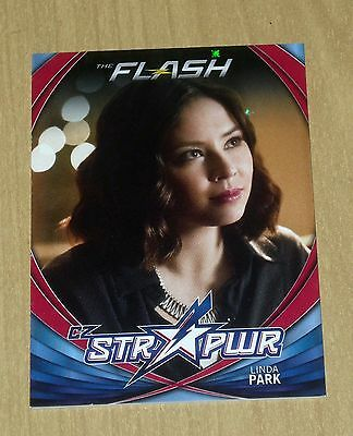 2017 Cryptozoic FLASH season 2 character bio STR PWR RED Linda Park CB13