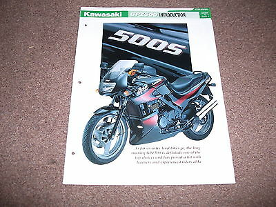 KAWASAKI GPZ 500s the complete data/fact file from essential superbikes