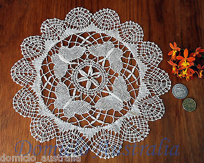 Vintage Style Exquisite Butterfly Hand Bobbin Lace Cotton Doily Round 30CM Beige