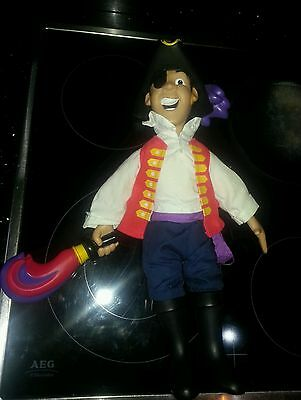 the wiggles TALKING SINGING CAPTAIN FEATHERSWORD FIGURE