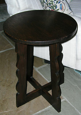 Antique Round Oak Arts And Crafts Side Table Lamp Table Shaped Crossed Legs