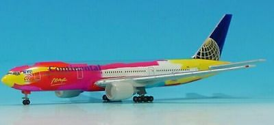Herpa Wings - Continental Airlines B7772-224ER  Peter Max  506533  Scale 1:500