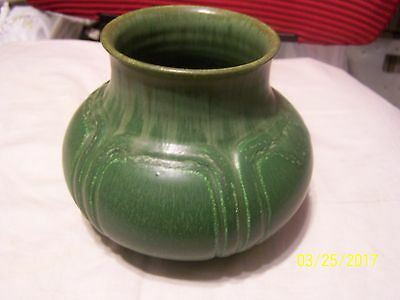Ephraim pottery kevin hicks 5 inches tall green tones brown