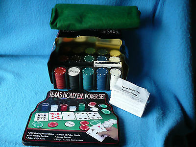 Texas Hold'em Poker Set In Tin With Chips Holder Cloth & 1 Pack Cards - Vgc