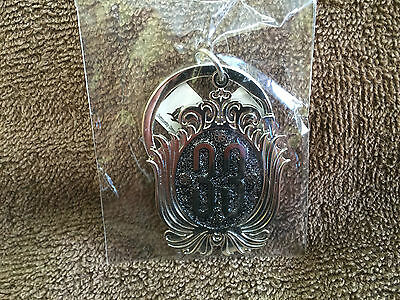 DISNEYLAND CLUB 33 KEYRING - Features the Old CLUB 33 LOGO SILVER Sparkle Center