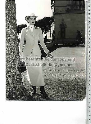 Portrait GRACE KELLY in REITDRESS - Hollywood Press Syndicate - Peter STEFFEN