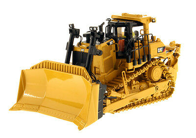 Die cast Masters 1:50 Caterpillar D9T Track Type Tractor New 85944