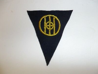 b1357 WW 1 83rd Division Shoulder Patch wool gold on black PC8