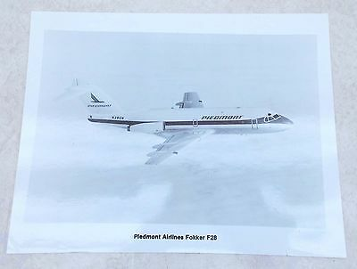 Vintage Aircraft Aviation PHOTOGRAPH Piedmont Airlines FOKKER F28 in Flight