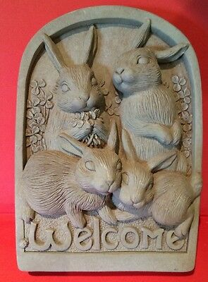 NEW CARRUTH STUDIOS Bunny Rabbit WELCOME Plaque Hand Cast Stone Art Vintage 1997