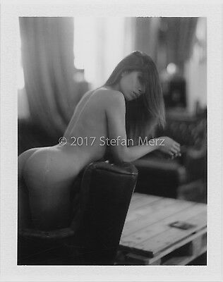 Original Polaroid FP-3000B Nude ART Signed by Herr Merzi #2017-1306