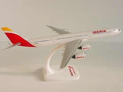IBERIA Airbus A340-600 1/250 Herpa Snap Fit 610278 A340 EC-LEV new colours