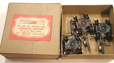 """VINTAGE GILBERT AMERICAN FLYER 694 3 trucks w/AUTOMATIC COUPLERS 3/16"""" SCALE"""