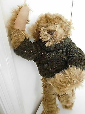"""Artist Barbara McConnell 16"""" McB Bear """"Squirt"""" Mohair Many Different Poses R$390"""