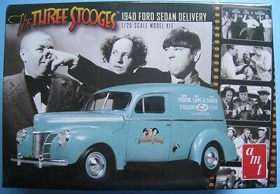 Ford Sedan Delivery THE TREE STOOGES  Bausatz  amt  1:25  NEU