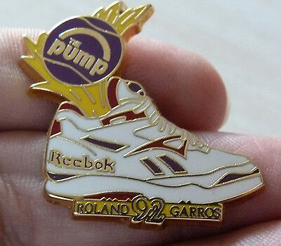 Pin's Tennis Roland Garros Reebok The Pump 1992 Arthus Bertrand