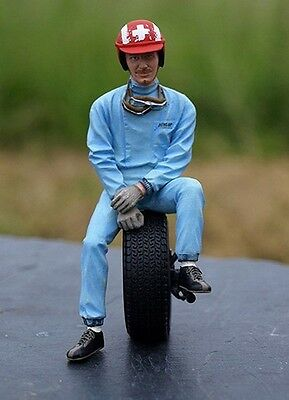 LeMans Miniatures 1:18 Figurine Jo Siffert sitting on tire Figurine