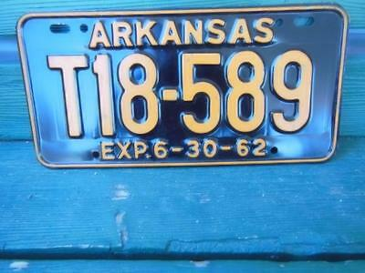 1962 Arkansas T18-589 License Plate Automobile Garage Tavern Hot-Rod Man-Cave