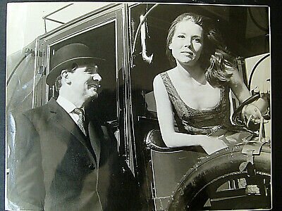 Diana Rigg,Patrick Macnee (The Avengers) Rare  Photo