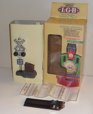 Life-Like Lgb G-Scale 1962 Lighted Operating Railroad Crossing Signal Boxed