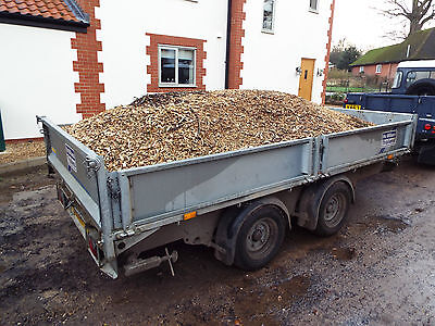 Trailer loads of wood chip ideal for paths, mulch, bedding. cheap delivery
