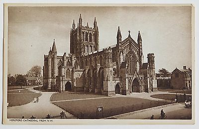 HEREFORD CATHEDRAL, Herefordshire - 1920's - Vintage postcard