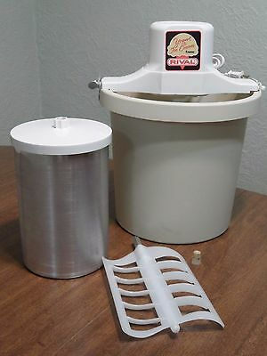 Rival Electric 4 Quart Ice Cream Frozen Yogurt Maker 8401 Tested & Clean