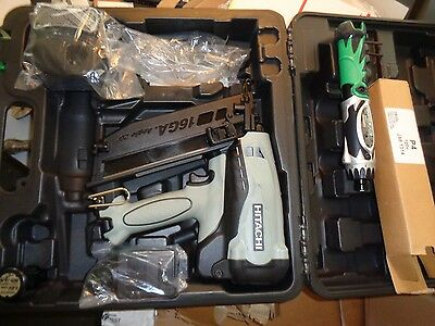 Hitachi NT65GB 16 Gauge 2-1/2-Inch Gas Finish Nailer NAILGUN W/ CORDLESS DRIVER